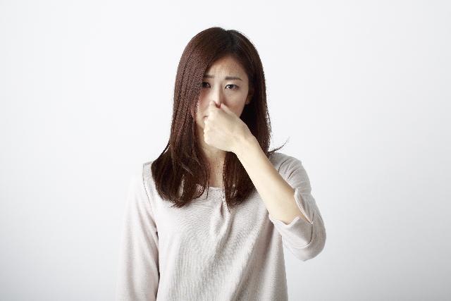 炭水化物を抜くと体臭は強くなる?