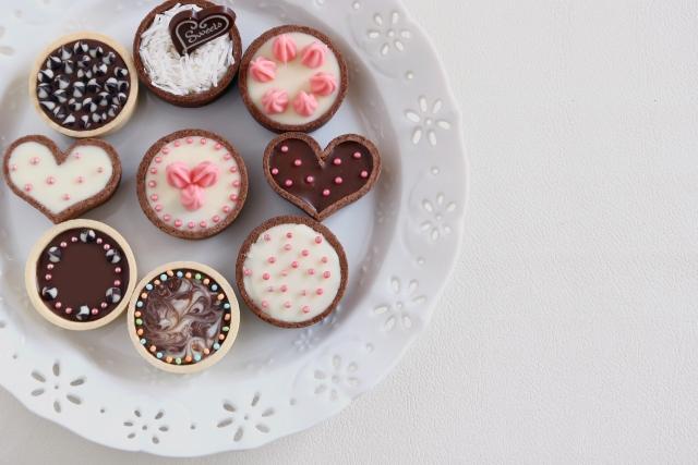 糖質制限食で甘いオヤツ(間食)を食べても大丈夫か
