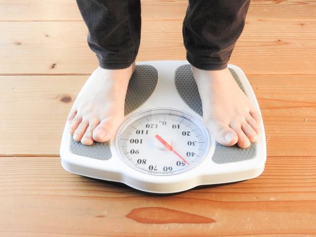 短期集中型糖質制限ダイエットで2kgの減量に成功した方法とは